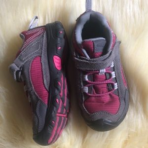 Keen sneakers size 13 pink and gray
